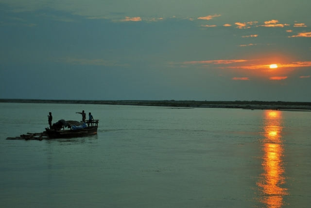 brahmaputra river assam india northeast sunset sail