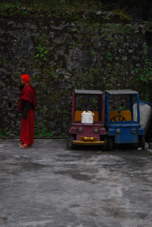 gangtok sikkim buddhism monks toys