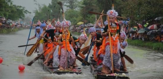 Heikru Hidongba festival of Manipur