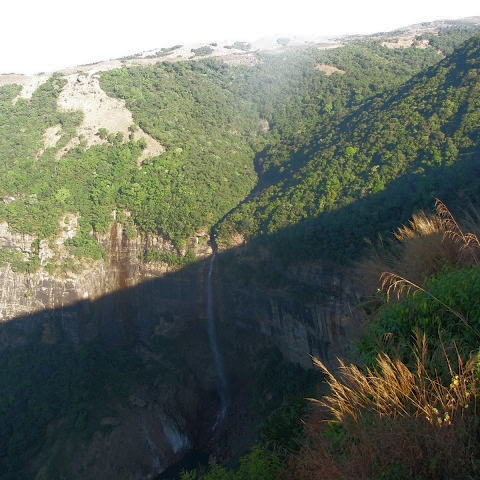 Nohkalikai Waterfall - Cherrapunjee, Meghalaya.