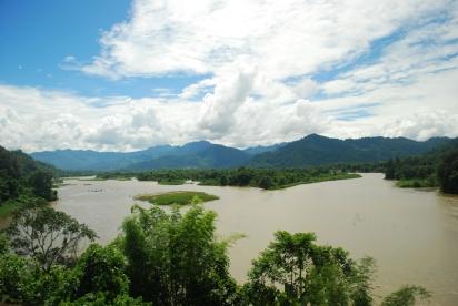 Siyong River at Along