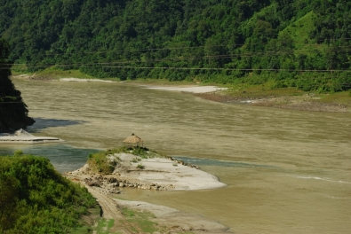 The giant Siang River.