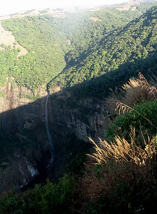 Nokhalikai Falls (winter season)
