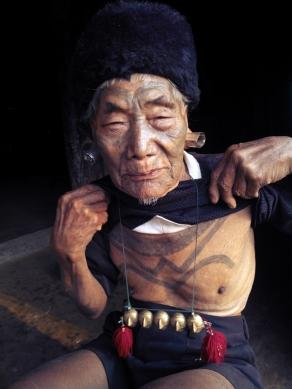 Konyak Headhunter, Nagaland, Mon
